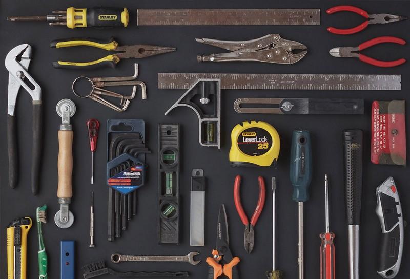 Agencement outils à la Andrew Kromelow