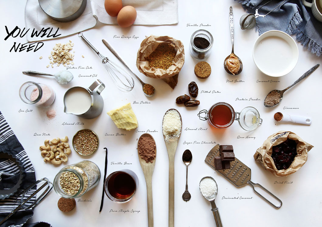 Mise en scène photo flat lay avec des objets/accessoires de cuisine